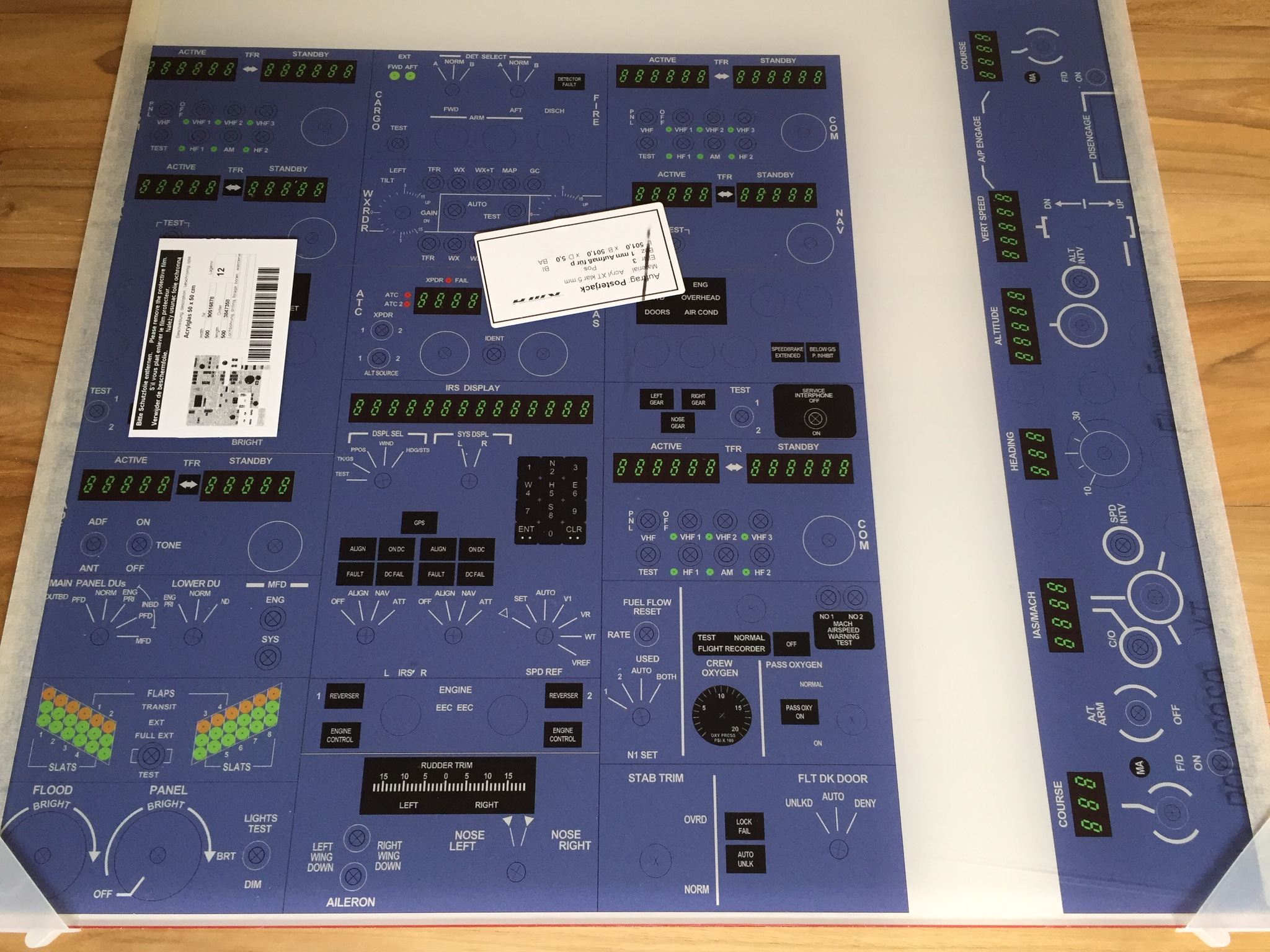 Inkscape   737 cockpit in two boxes